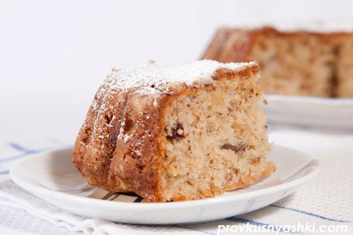 Яблочно-ореховый кекс с хрустящей корочкой