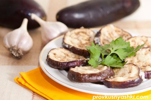 Баклажаны, запеченные в майонезно-чесночном соусе