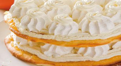 Торт «Французский» с безе и абрикосовым джемом