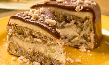 Торт бисквитно-ореховый с заварным кремом «Эскимо»