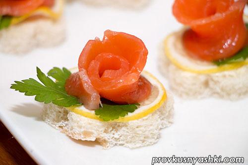 Бутерброды с красной рыбой «Праздничные»