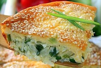 Капустный пирог с кунжутом